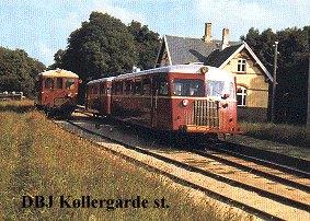 Triebwagen an der Station Kollergarde